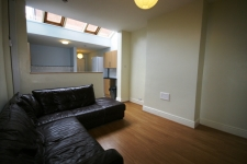 Great student house, Lounge - 16 Mettham Street, Lenton, Nottingham